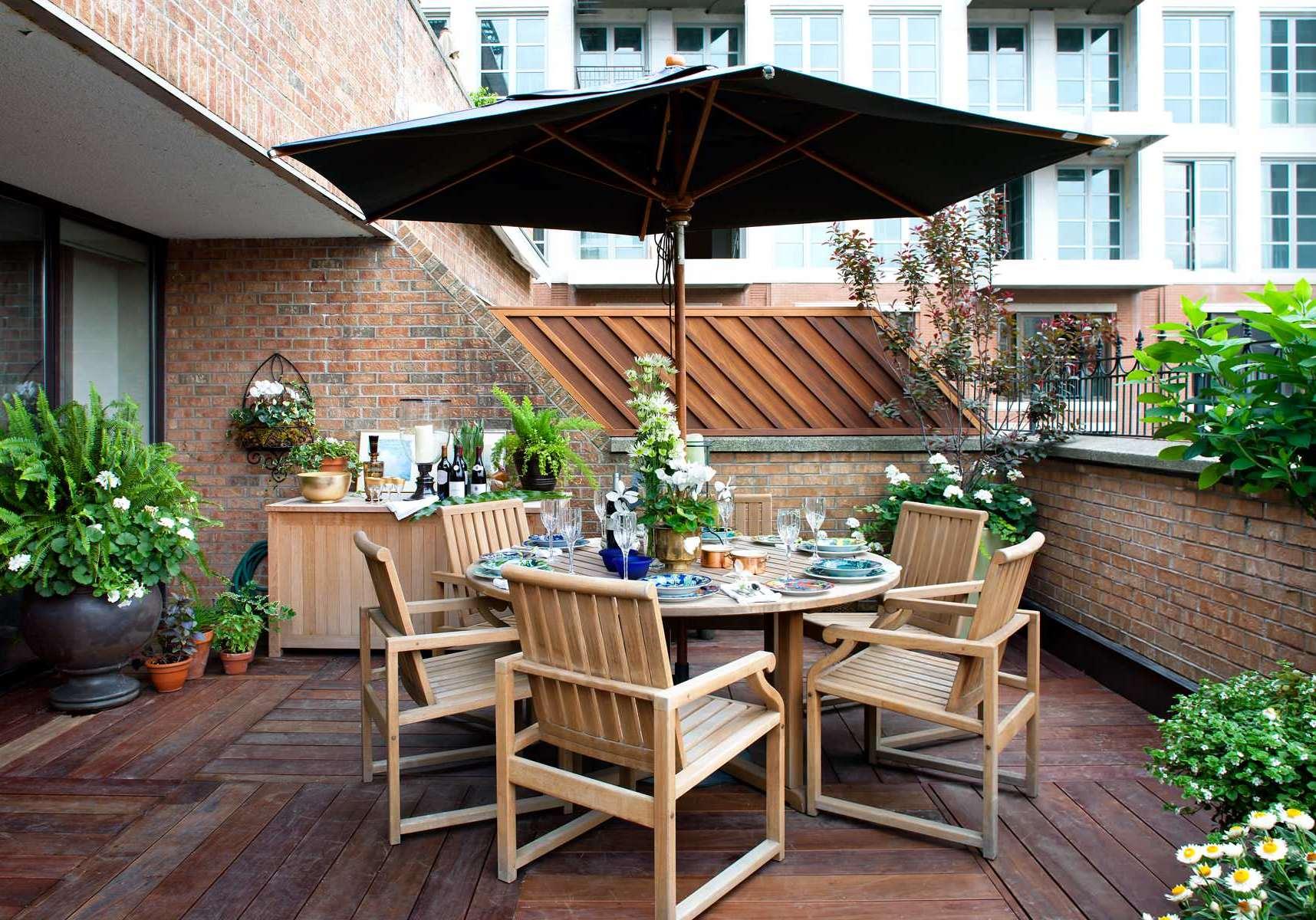 Stehender Sonnenschirm für Balkon