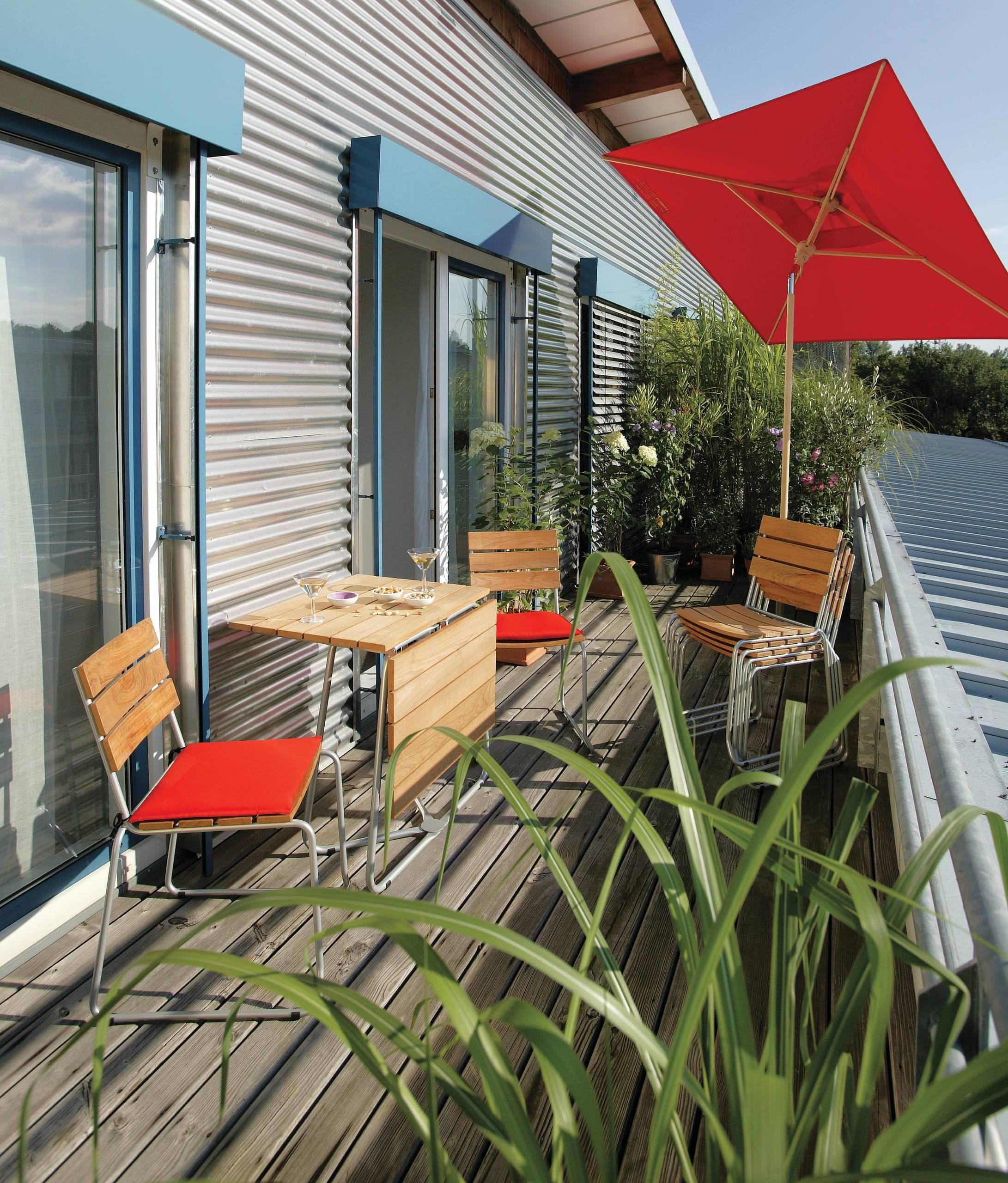 Spezielle Sonnenschirme für Balkon