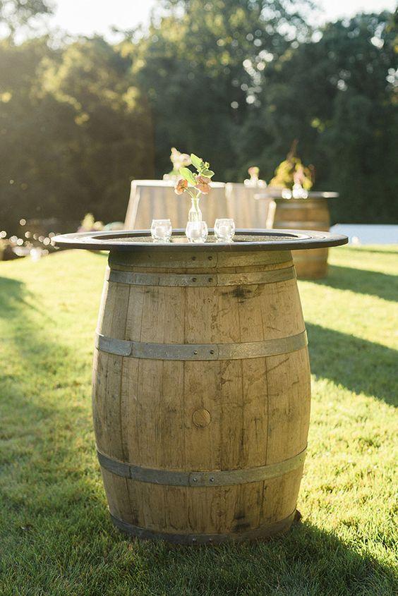 Upcycling Ideen mit Fass für eine Rustik Hochzeit