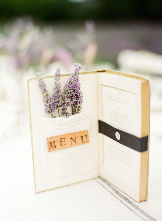 Hochzeitsmenu selber machen: Upcycling Ideen mit altem Buch