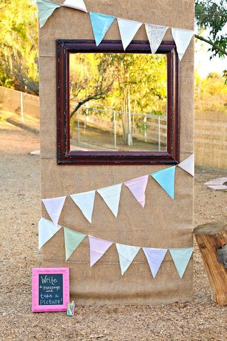 Mit Upcycling Ideen einfach ein Fotobooth selber machen