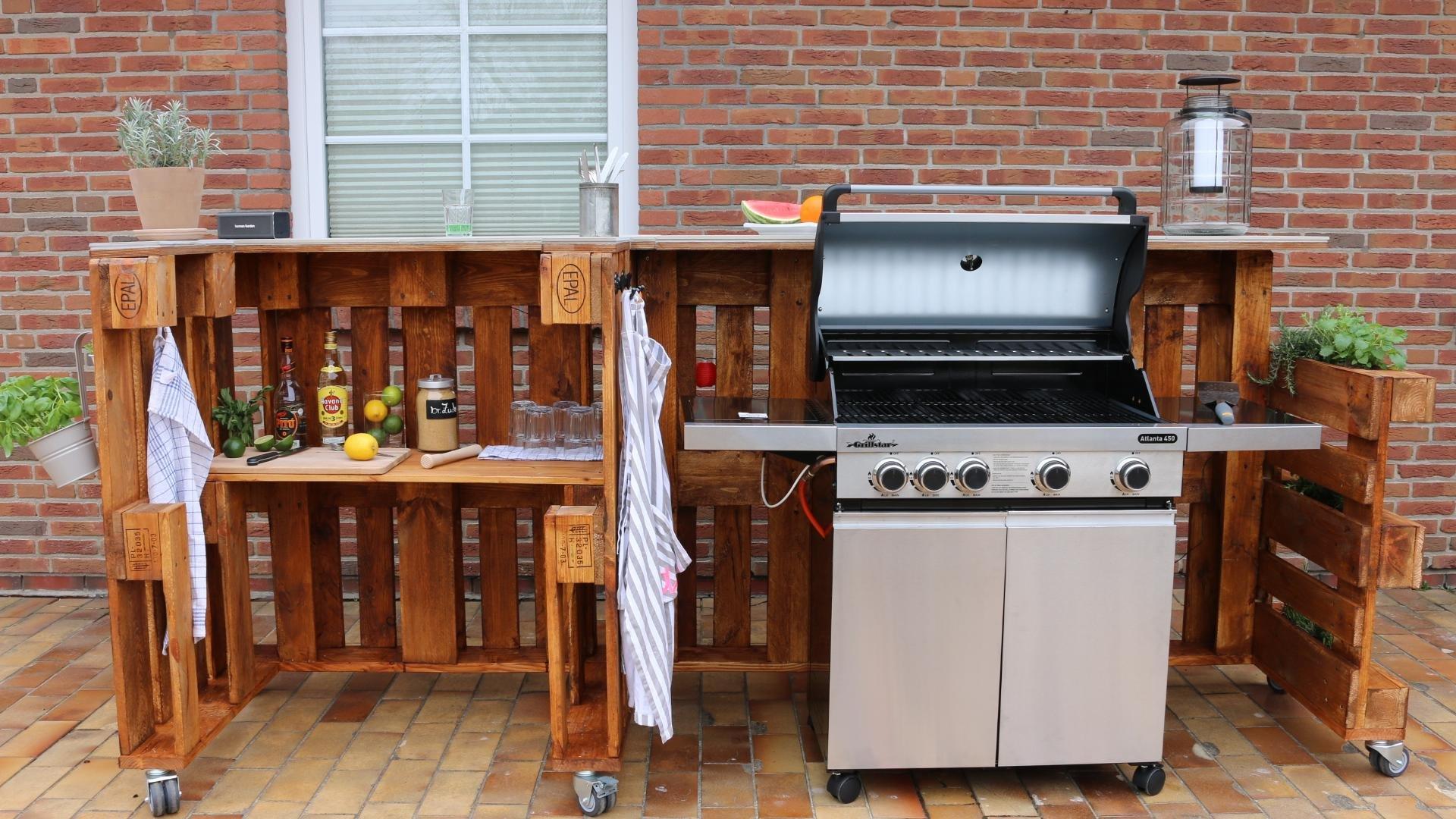 Grilltisch und Bar aus Paletten selber bauen