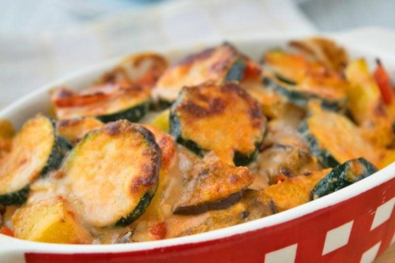 Gemüseauflauf mit Zucchini schnelle Rezepte ohne Kohlenhydrate