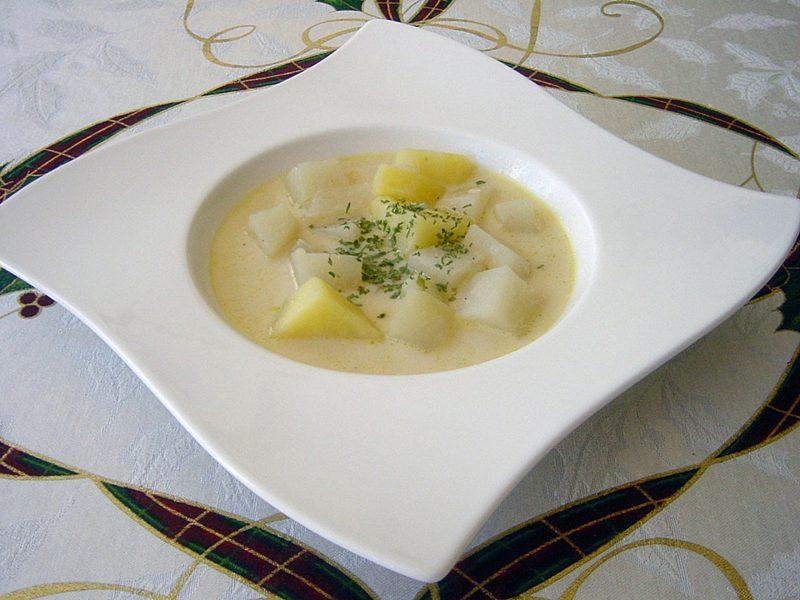 leichte Schonkost Rezepte Kohlrabisuppe mit Kartoffeln