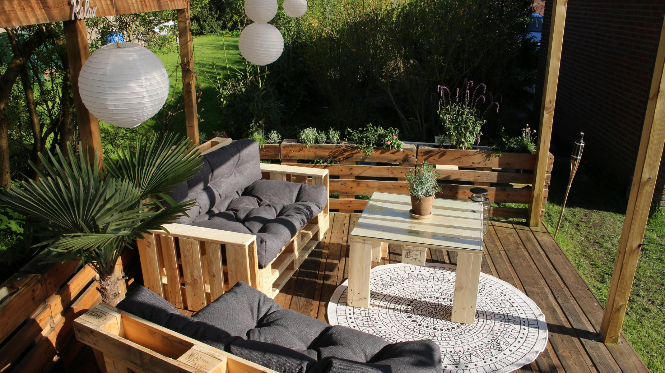 Paletten Möbel in Gruppen - Gartenmöbel Ideen