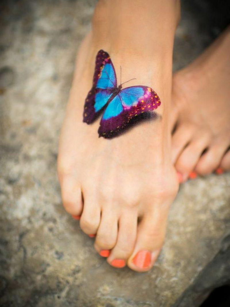 Aquarell Tattoo Schmetterling Fuss realistisch