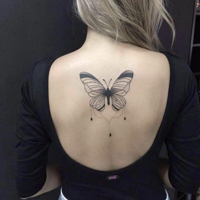 Aquarell Tattoo Schmetterling schwarz und weiss