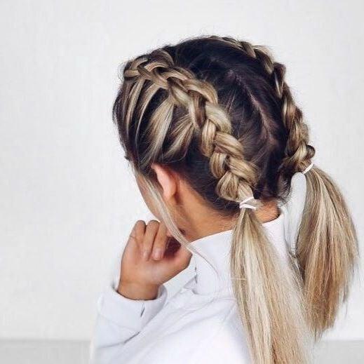 Tolle Inspiration für schulterlange Haare flechten: Bauernzöpfe flechten