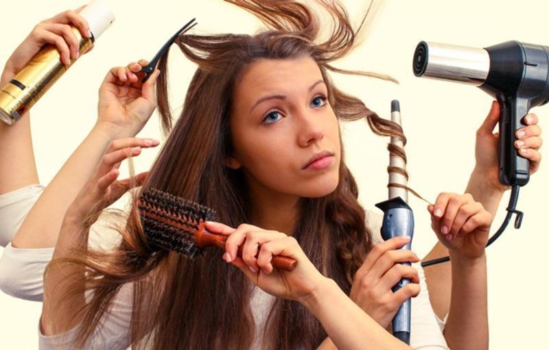 Richtige Haarpflege für den Sommer: Haare nicht belasten