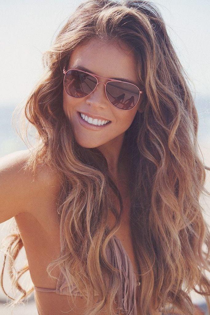 Alles rund um die richtige Haarpflege im Sommer