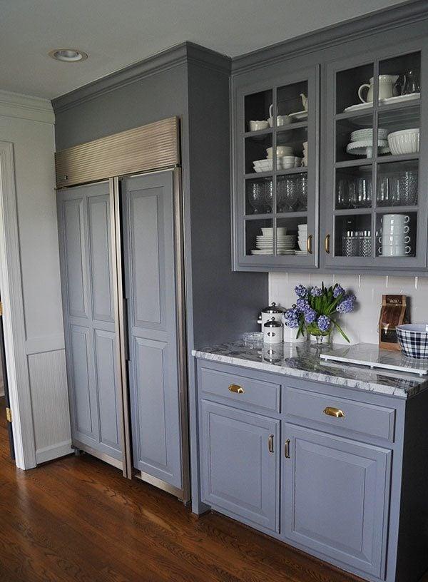 Küchenfronten renovieren: Neue Handgriffe verzieren die Optik