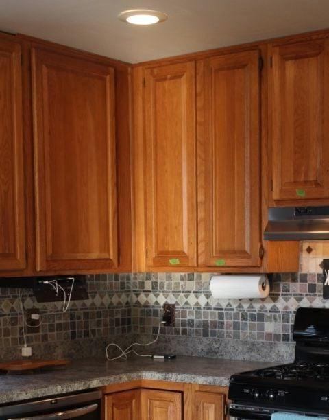 Die Fronten in der Küche renovieren: Vorher