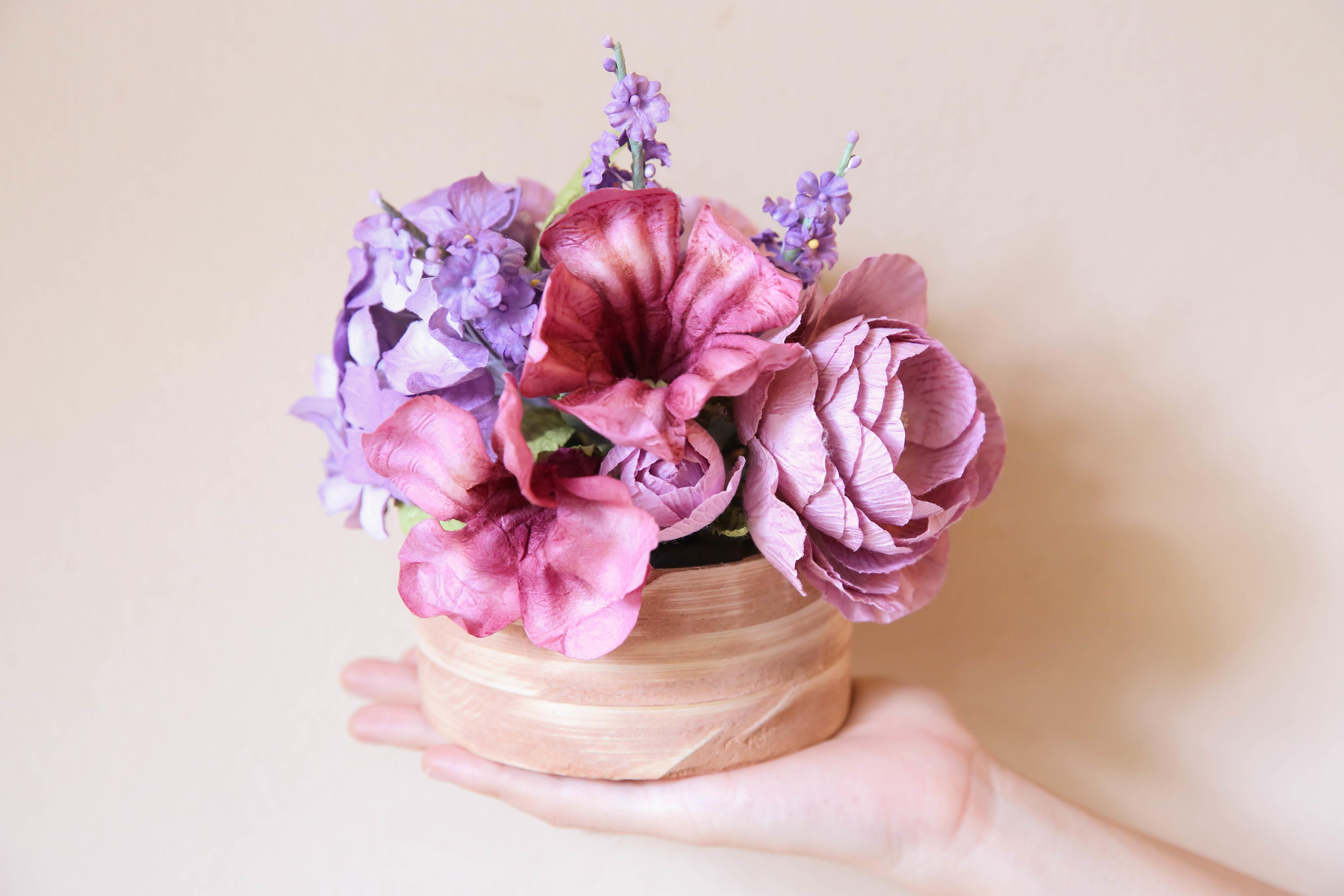 Geschenkideen für Muttertag: Blumen aus Krepppapier