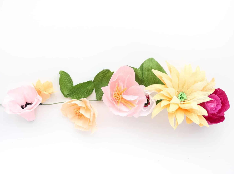 Anleitungen für Blumen Basteln mit Kindern