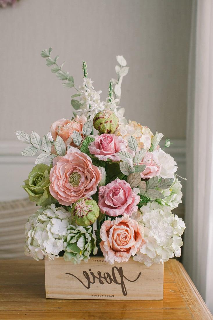 Sammeln Sie noch viele umwerfende Ideen fürs Papierblumen Basteln und überraschen Sie Groß und Klein mit Ihren wunderschönen Kreationen aus Papier. Wir wünschen Ihnen viel Spaß beim Basteln!