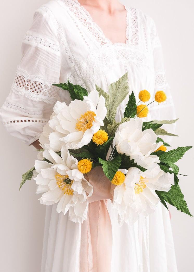Schöne Bastelideen für die Hochzeit: Basteln Sie einen fulminanten Blumenstrauß aus Papier