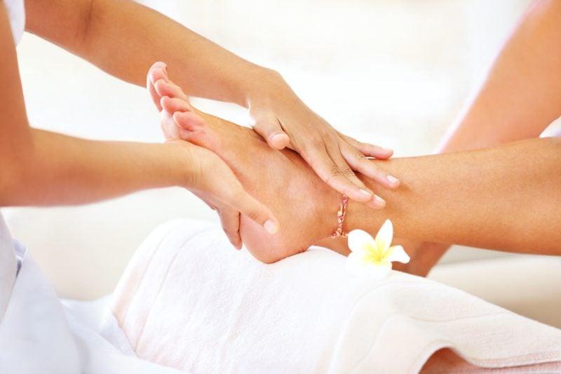 Medizinische Fußpflege zu Hause und Pediküre Programm