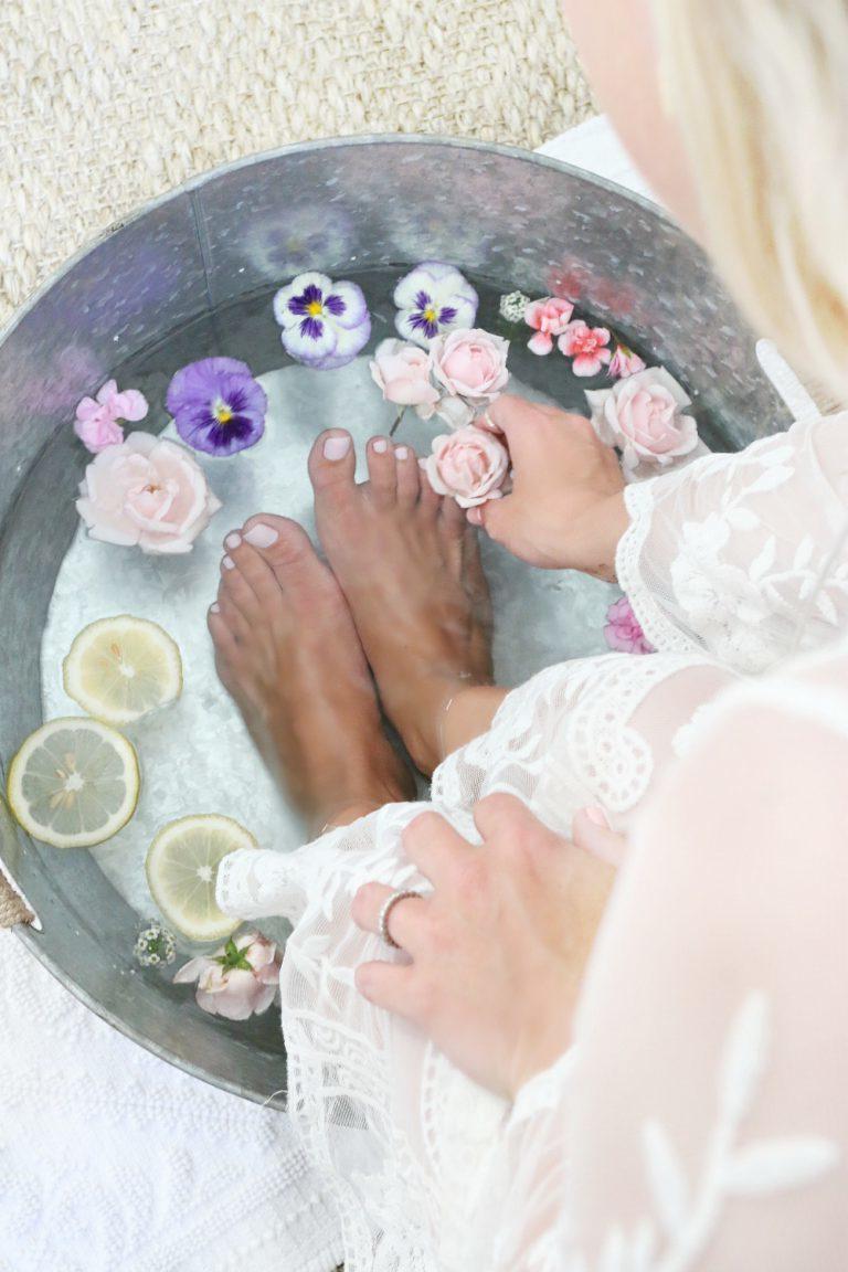 Pediküre Programm: die Füße entspannen