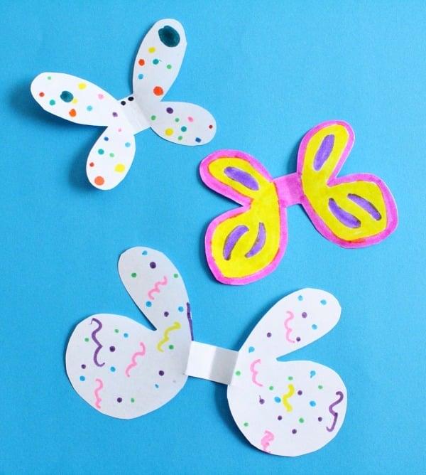 Basteln mit Kindern: Schmetterlinge Basteln mit einer Schmetterling Schablone zum Ausschneiden