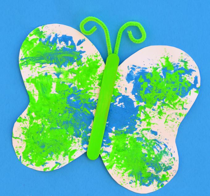 DIY Schmetterlinge basteln mit Schmetterling Vorlage