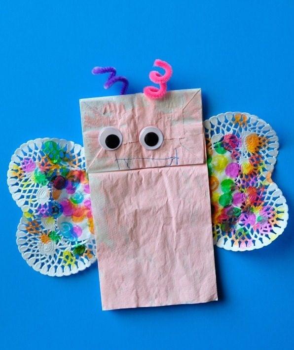 Basteln mit Kindergartenkindern - DIY Schmetterlinge basteln