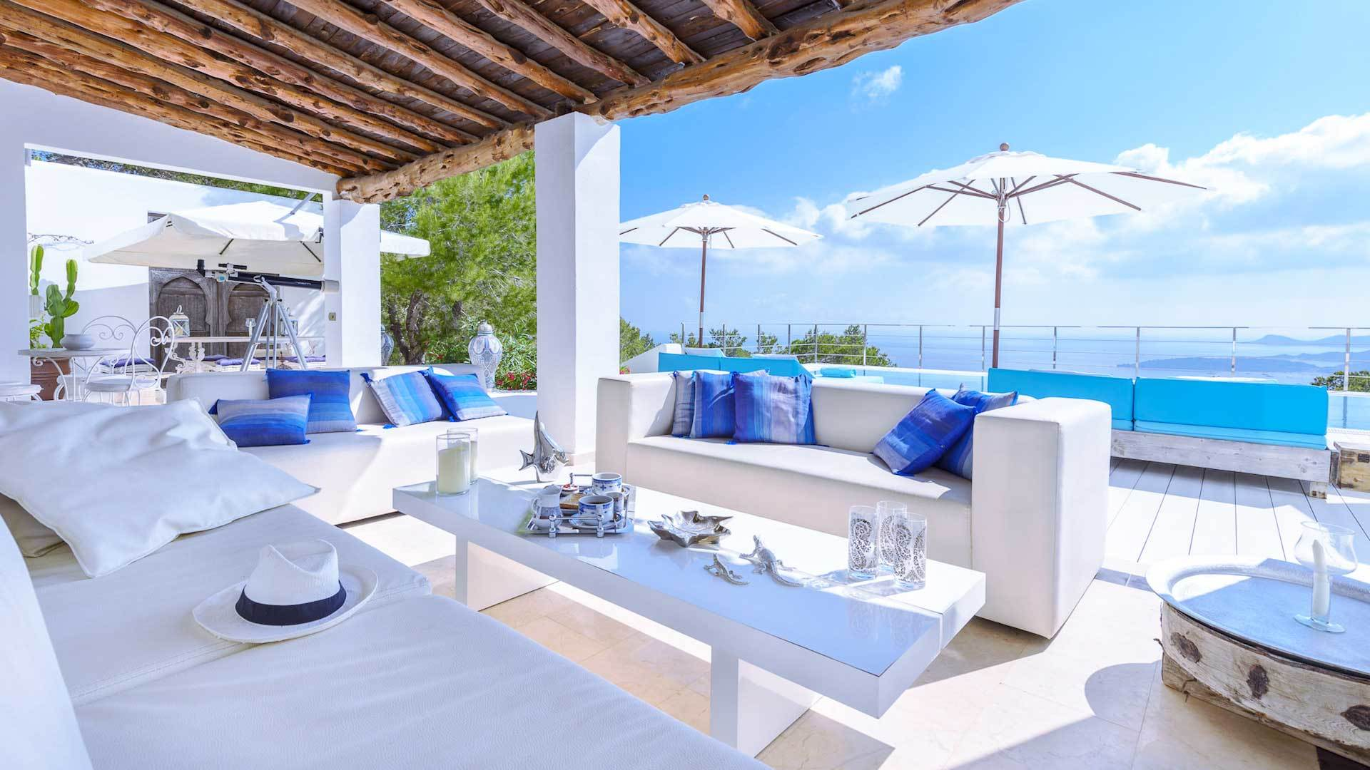 Mediterrane Möbel für die Terrasse
