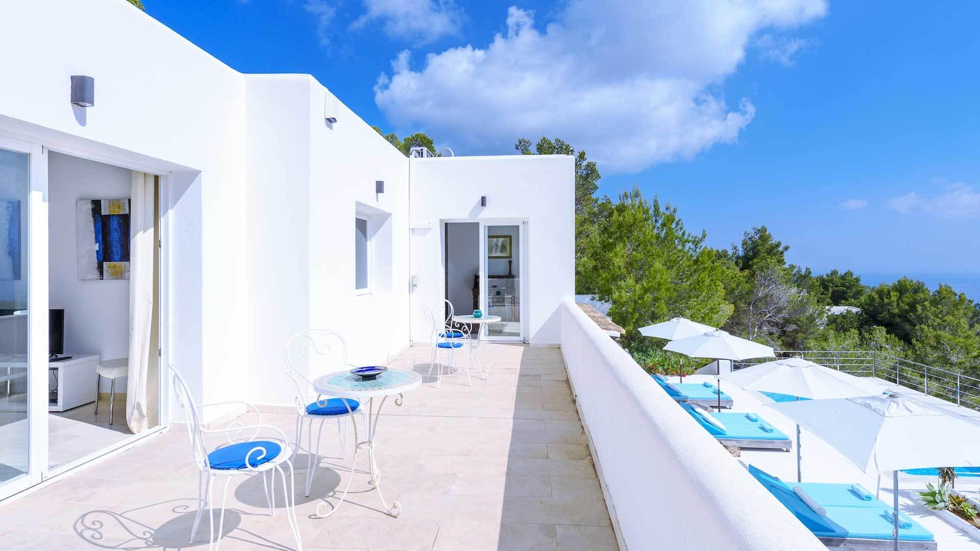 Terrasse gestalten: eine Terrassegestaltung wie aus Santorin