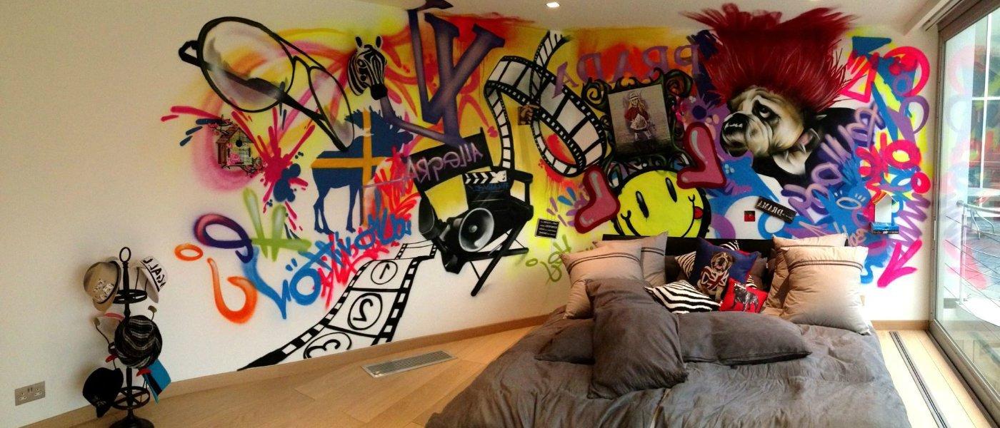 Graffiti im Schlafzimmer streichen