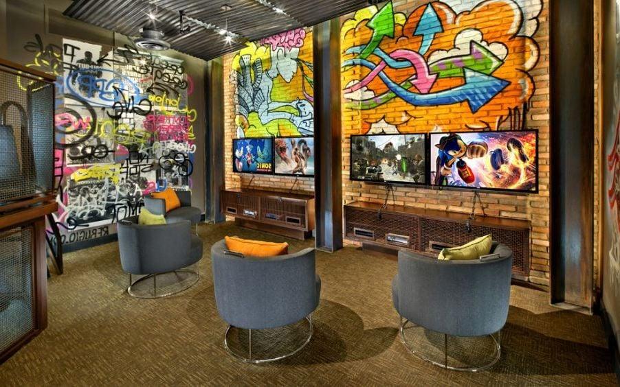 Graffiti Wandgestaltung Ideen: Spielzimmer für junge Erwachsene
