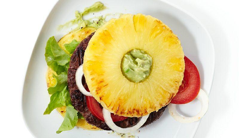 Burger selber machen Cheeseburger mit Ananas
