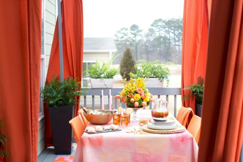 Bastelideen für Erwachsene Blumengestecke arrangieren Tisch