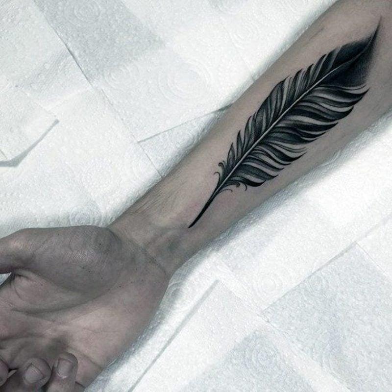 40 Eindrucksvolle Feder Tattoos Ideen Fur Manner Und Frauen