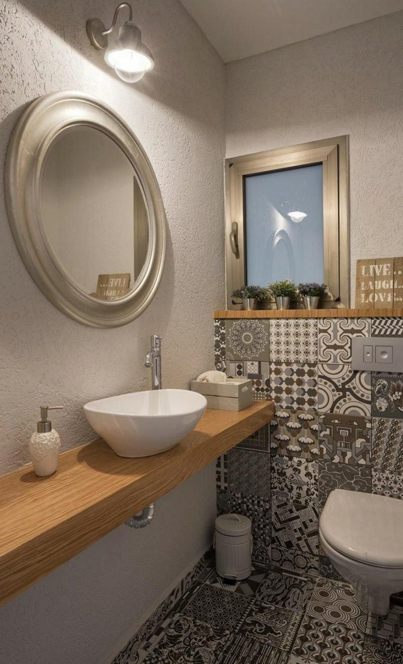 Gäste WC Gestaltung Beispiele Akzentfliesen