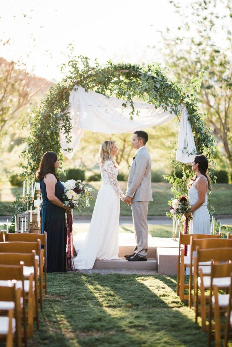 Hochzeit im Garten feiern romantische Ideen