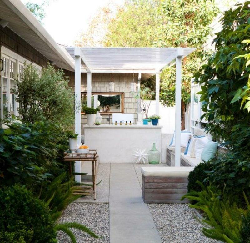 Gartengestaltung modern kleine Gartenbar