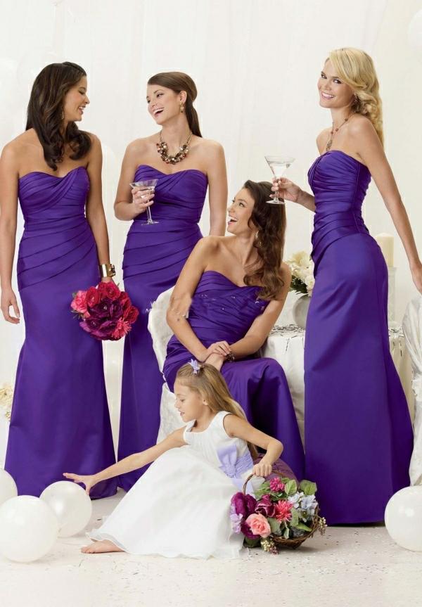 Kleider für Hochzeitsgäste Brautjungfern Violett