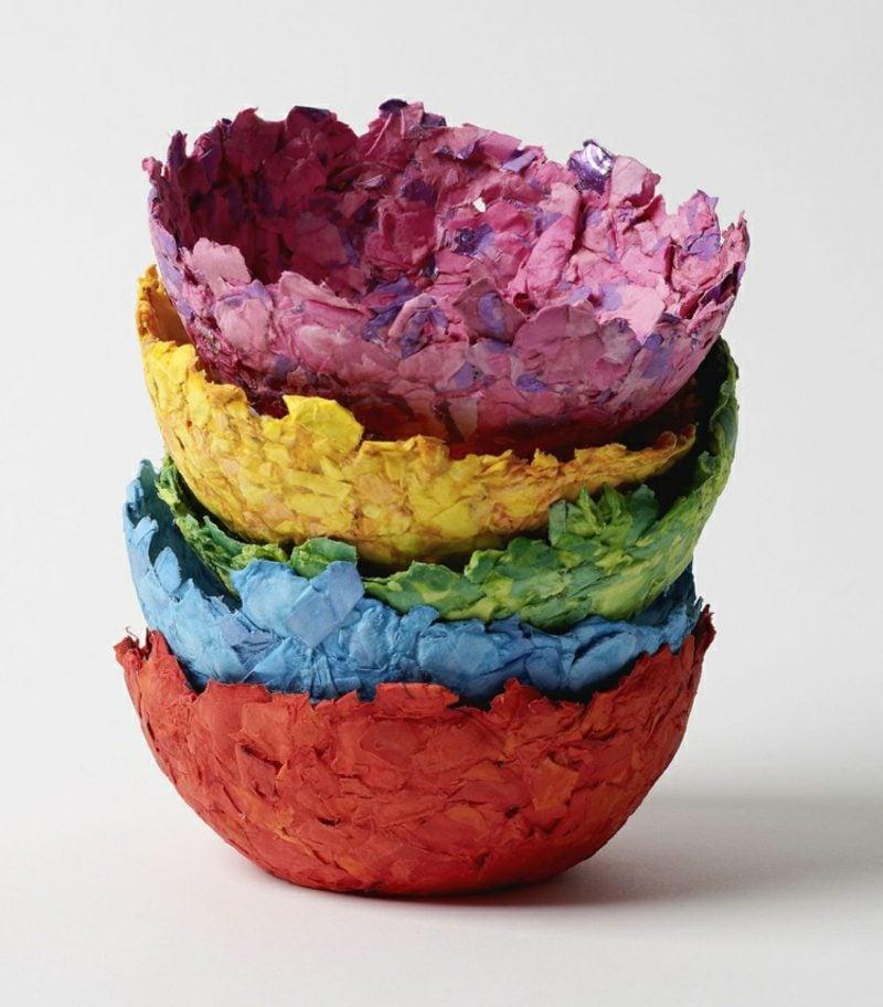 Pappmache selber machen und färben interessante Schalen