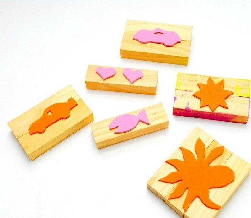 Stempeln mit Kindern Stempel aus Holz und Moosgummi selber machen