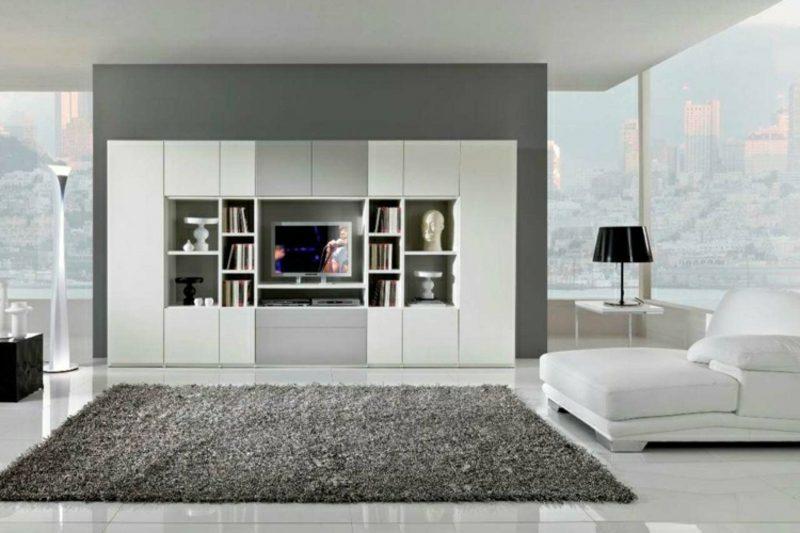 Wohnzimmer gestalten grau weiβ elegant und simpel