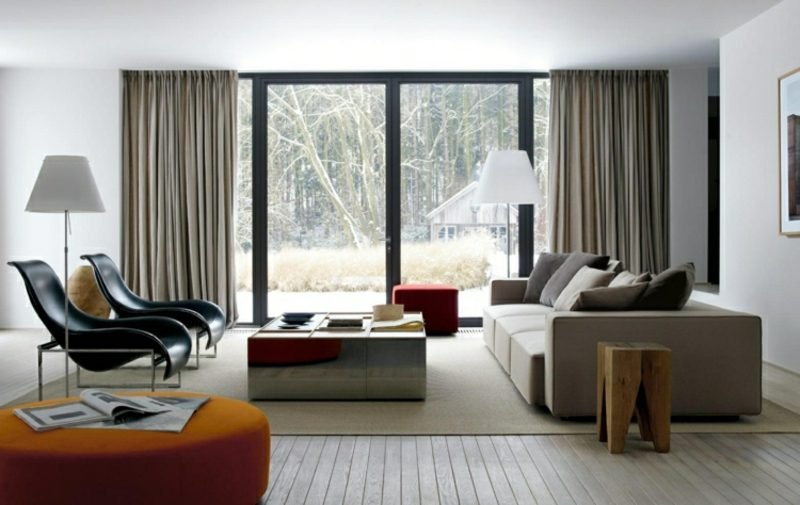 Wohnzimmer gestalten grau weiβ beruhigende Atmosphäre