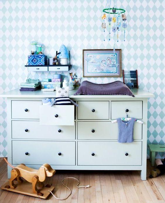 Wickeltisch mit dem passenden Babyzimmer Deko