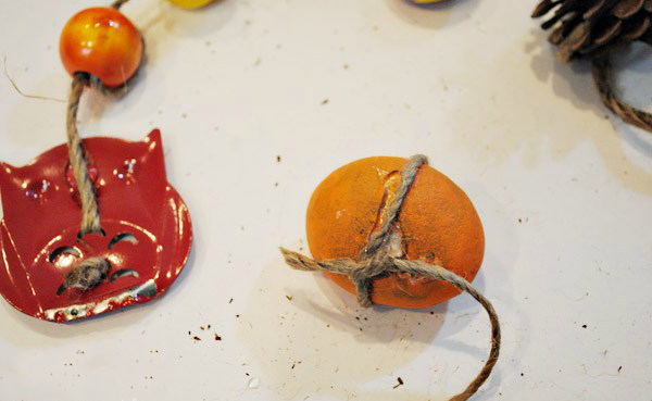 Basteln mit Kindern im Herbst: DIY Windspiel