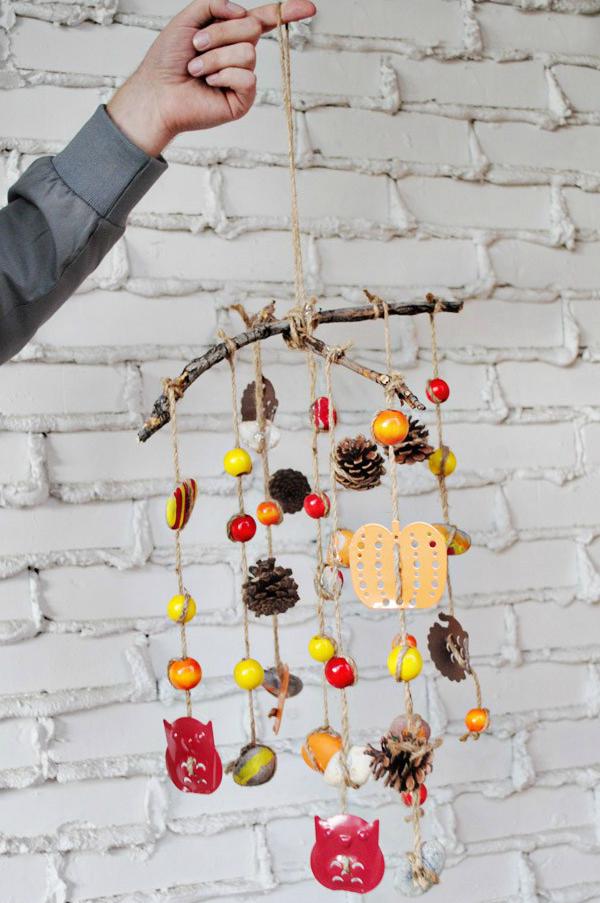 Basteln mit Kindern Herbst -Deko: DIY Windspiel