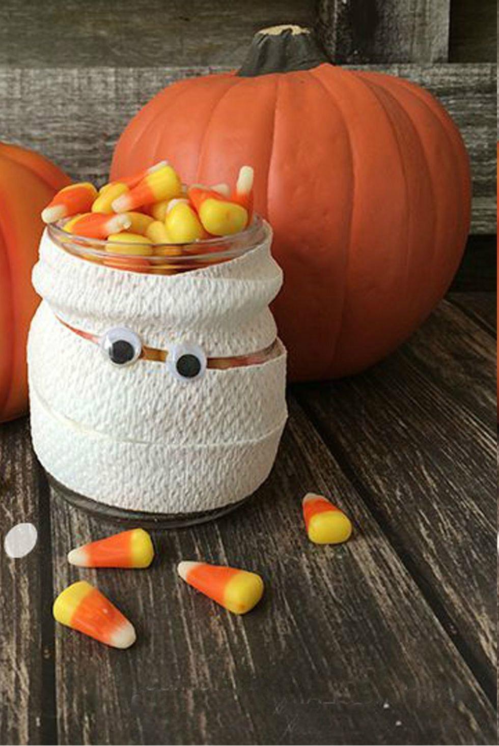 Tolle herbstliche Ideen für Basteln mit Kindern: Deko für Halloween