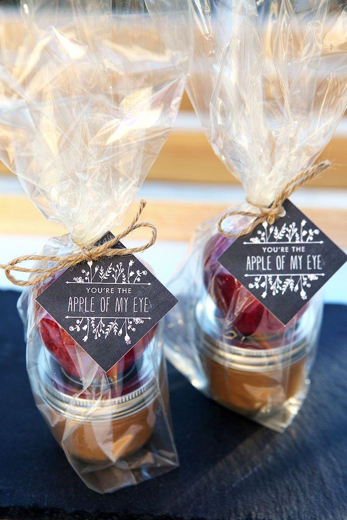 Geschenk im Glas basteln als ein DIY Hochzeitsgeschenk