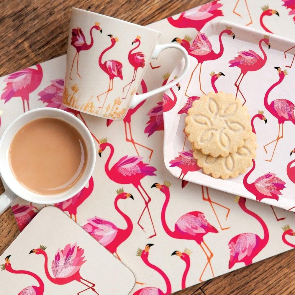 Flamingos flattern auch auf dem Esstisch - schaffen Sie farbenfrohe Stimmung noch beim Frühstück