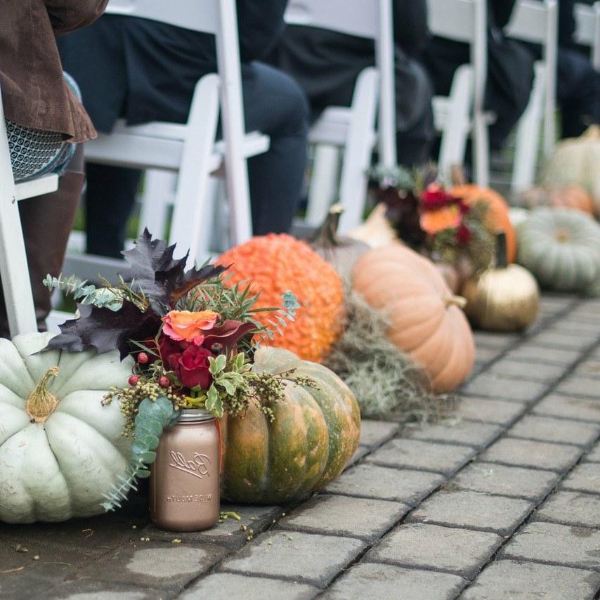 Herbstliche Dekoration Hochzeit