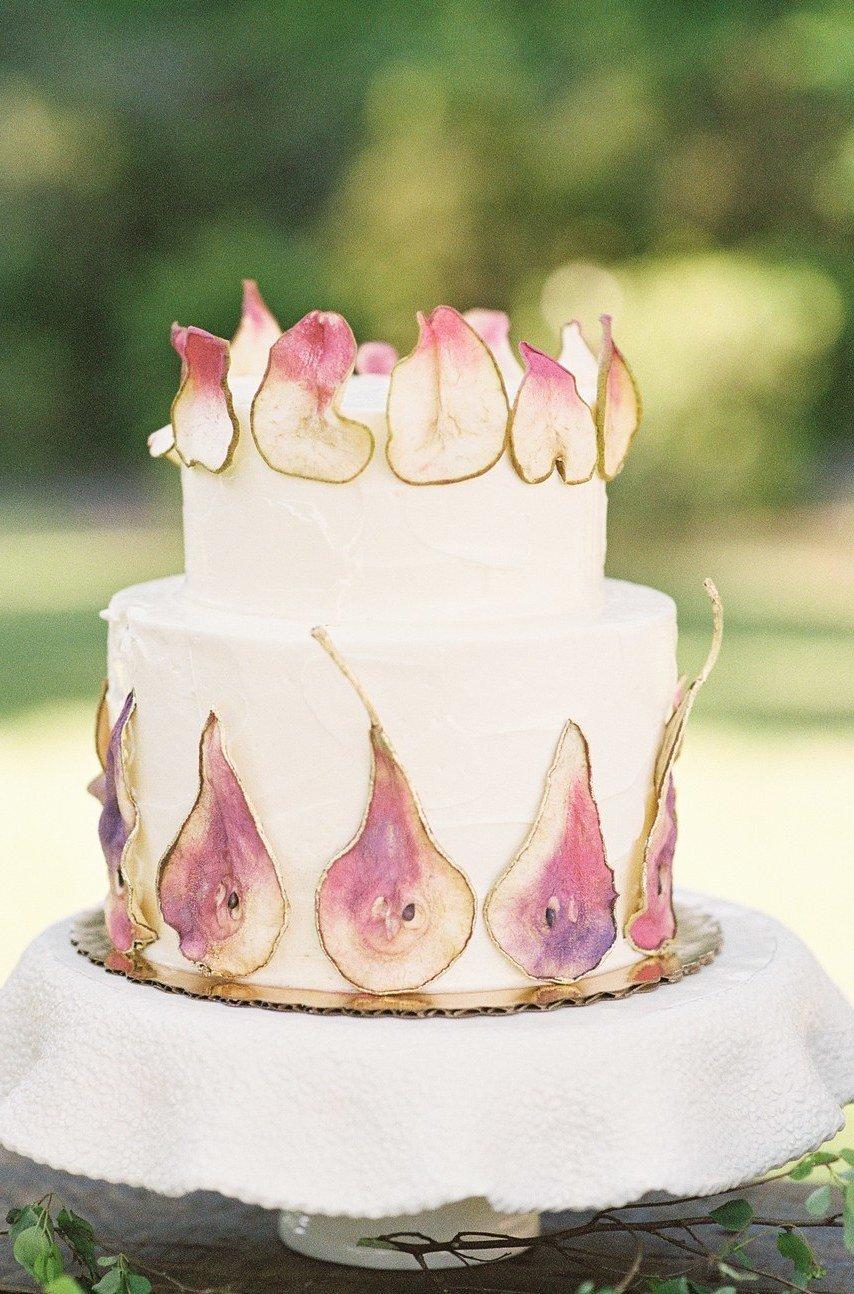 Atemberaubende Hochzeitsdeko Vintage: Die Hochzeitskuchen sollte auch mit dem ganzen Konzept Ihrer Vintage Hochzeit einstimmen.