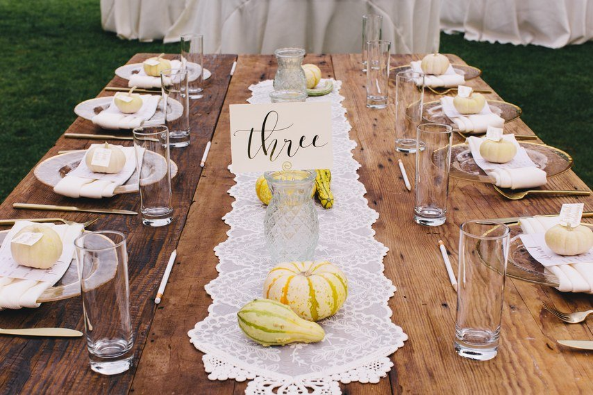 Ideen für Hochzeitsdeko Vintage: Tischnummer-Karten
