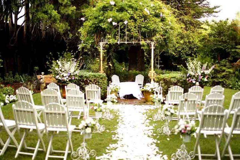 Hochzeit im Garten feiern Platzbedarf Zahl der Gäste
